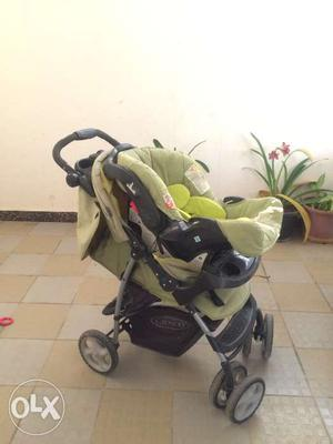 Graco stroller with car seat. In good condition,