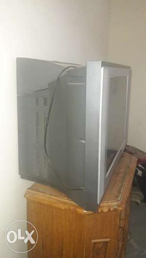 """29"""" LG tv with woofers n tv trolly"""
