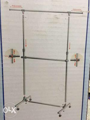 I have 2 clothe stands which can be used in