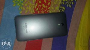 Lenovo zuk z1 64gb Dual 4g 13mp or 8mp camera