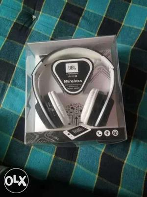 Jbl wireless headphones going very very