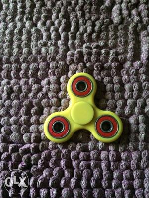 Super cool fidget spinner, new fidget, spins for