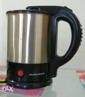 Electric kettle in a very good condition, used