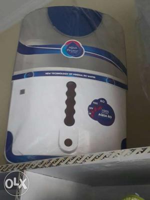 White And Blue Aqua Primer Water Purifier