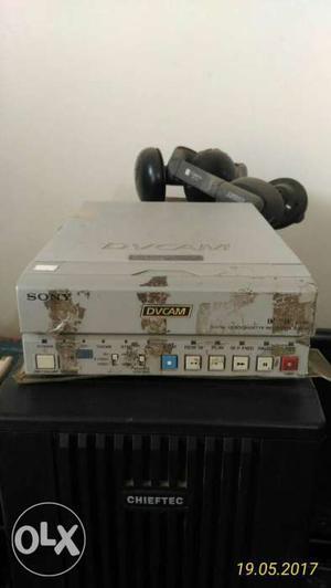 DV Cam / MiniDV Recorder, DSR11, Sony totally in