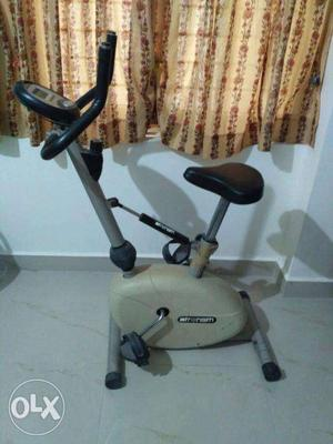 Exercise Fitness cycle for Sale to reduce weight