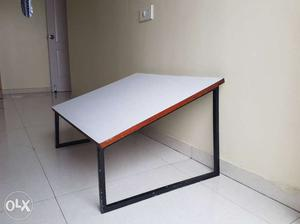 Drafting table in excellent condition.