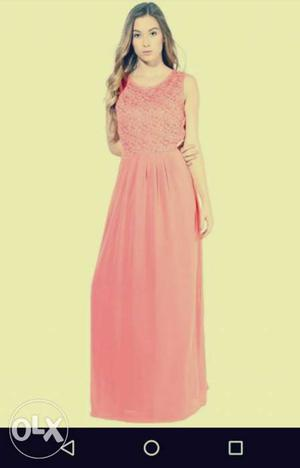 Peach colour maxi dress. unused product. good