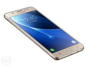 Samsung Galaxy j5 in gold colour Very good