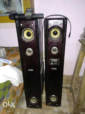 Intex tower speakers in awesome condition with