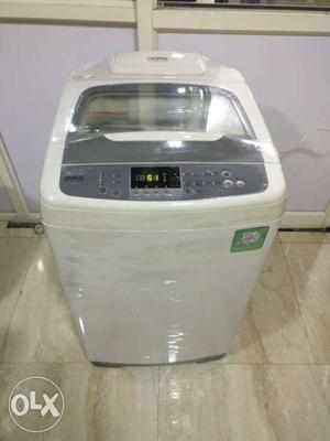 White Samsung digital 6.2 kg fully automatic washing machine