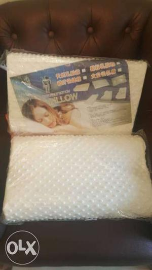 Memory foam pillow with neck support good for