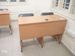 Office desktop table - Can place 2 desktops (20 numbers)