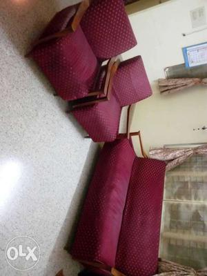 Sofa set (3+1+1) in excellent condition for sale