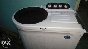 White Twin Tub Top Load Washing Machine And Dryer