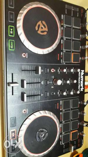 Numark pro2 Controller to sell in good working