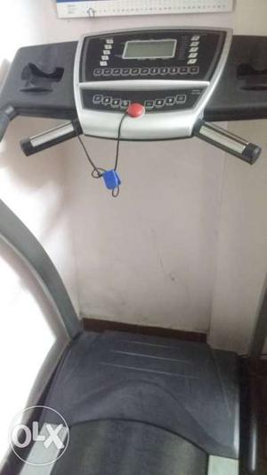 Walking machine afton suitable for gym and home