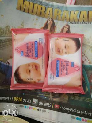 Johnsons's Baby Wipes Packs buy 1 get 1 free.