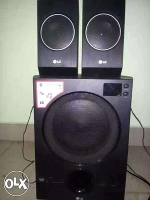 Black LG Loudspeaker; Black LG Multimedia Speakers