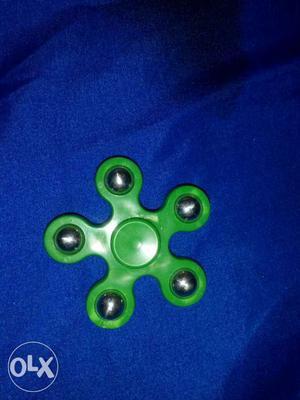 Green 5-blade Fidget Spinner