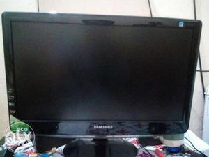 M selling my samsung computer led 19inch n in