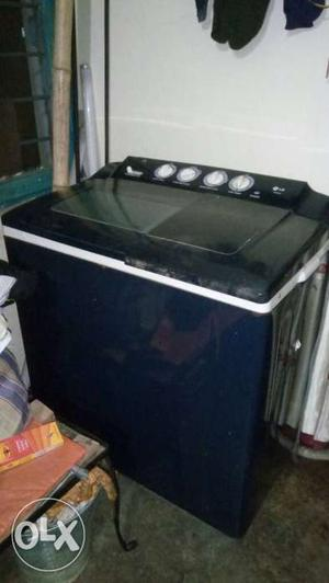 Black And Gray Top Load Washer And Dryer Set
