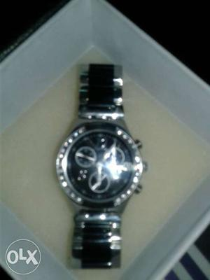 Round Black Chronograph Watch With Silver Link Bracelet In