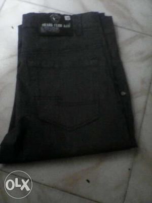 Stretchable pants for men