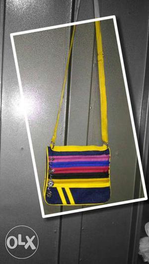 Nice sling bag for girls