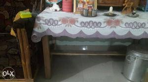 Rectangular Brown Wooden Table Cloth Padded Table