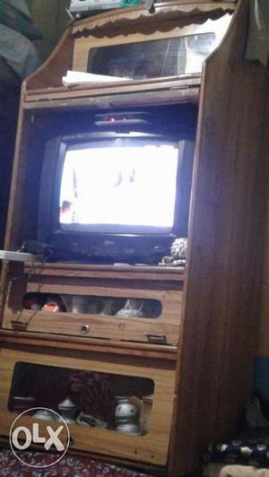 Lg Golden Eye Magic Tv and Wood Almari in Good