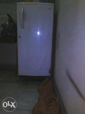 Lg fridge grey color good conditions urgent sale