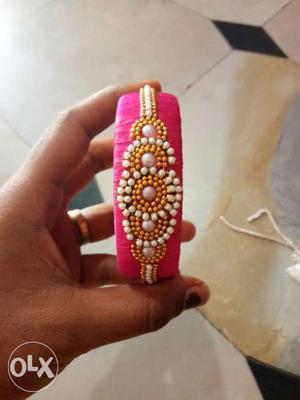 White And Pink Beaded Bangle Bracelet