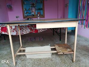 Big table good condition no damage