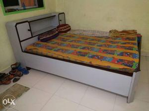 I wan sell my bed only 20 day used bed in full