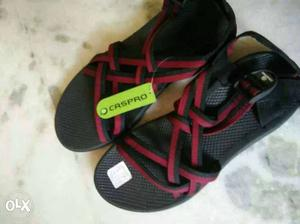New to wear floatters red and black color size 9