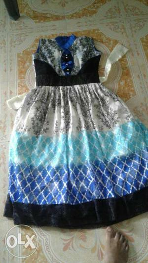 Black,white,blue,and Teal Sleeveless Dress