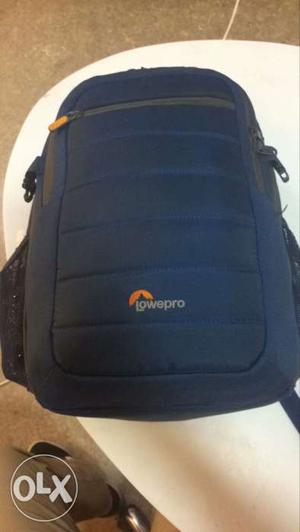 Lowepro Camera bag big enough tu two camera with