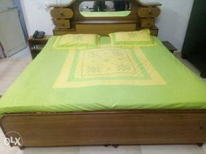 Yellow And Green Bedding Set