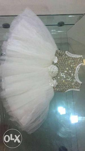 Baby birthday dress, size 18
