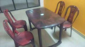 Plastic table with four chairs with delivery