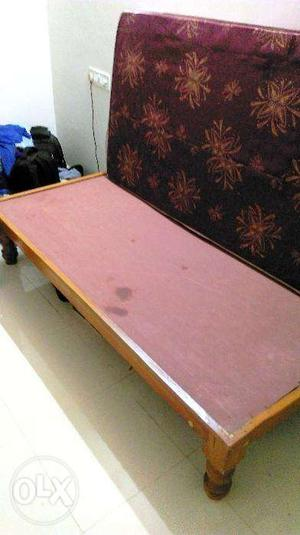 Single Diwan with Mattress for sale (Almost like New)
