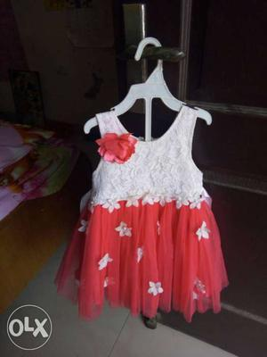 A beautiful frock for baby girl size 18,, 2 to 3yr