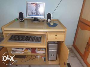 Lenovo Lcd Computer Excellent Condition With All Accessories