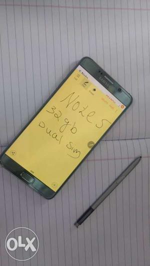 Samsung Galaxy note 5 4Gb Ram 32 Gb Rom 64 bit