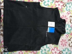 Imported columbia sleeveless winter jacket, brand