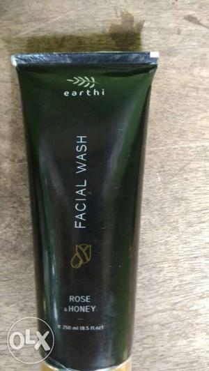 Earthi Facial Wash Rose Honey Soft Tube