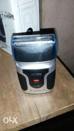 Brand new electric shaver foreign...not used..new one
