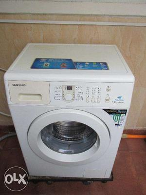 Front loading Samsung washing machine for sale