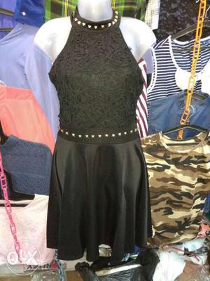 Retail of latest fashion ladies top, plazo,